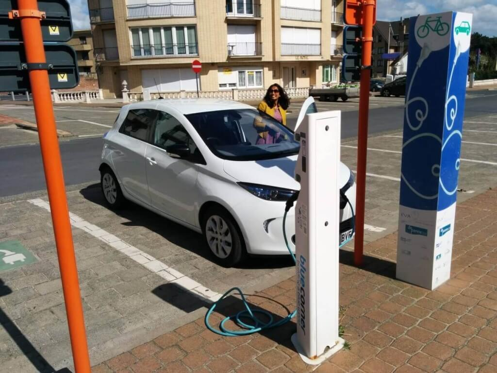 Electric car charger in De Panne